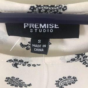 Premise Tops - NWT Premise Studio Cream & Navy Paisley Blouse
